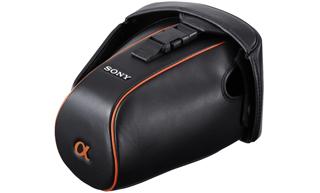Сумка Sony LCSAMLC3.AE, для цифровой камеры, мягк., черного цвета, кожа.